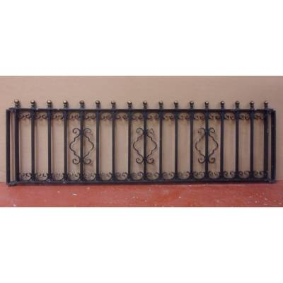 Set of 4 Galvanised Steel Iron Metal Railings Balustrade Spi...